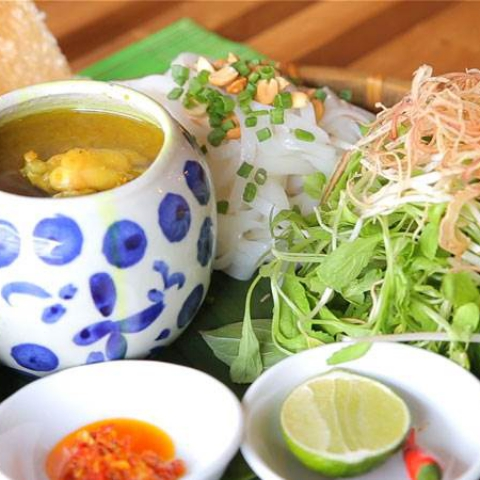 Mì Quảng ếch đồng Đà Nẵng